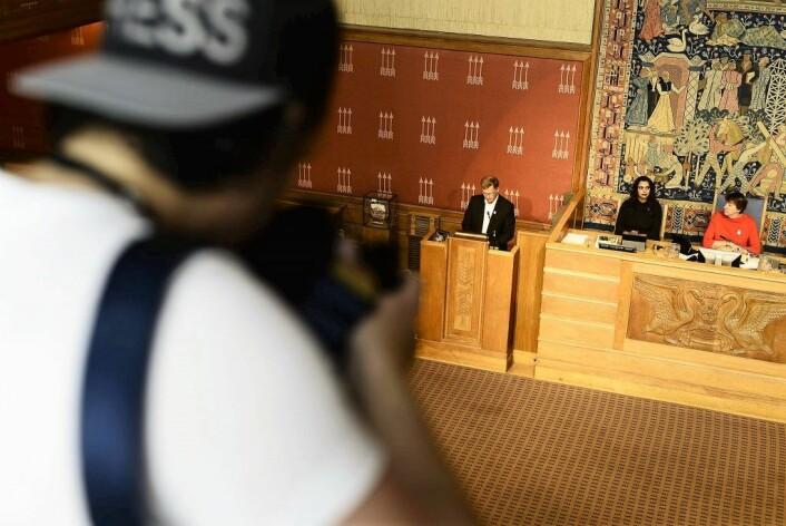 Oslobudsjettet presenteres av finansbyråd Robert Steen. Foto: Christian Vassdal
