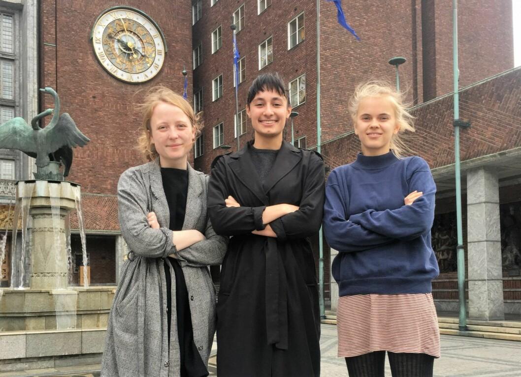 Agnes Viljugrein (AUF), Sarah Lilleberg Safavifard (SU) og Christine Evjen (Grønn Ungdom) mener oslobudsjettet har et stykke å gå. Foto: Privat