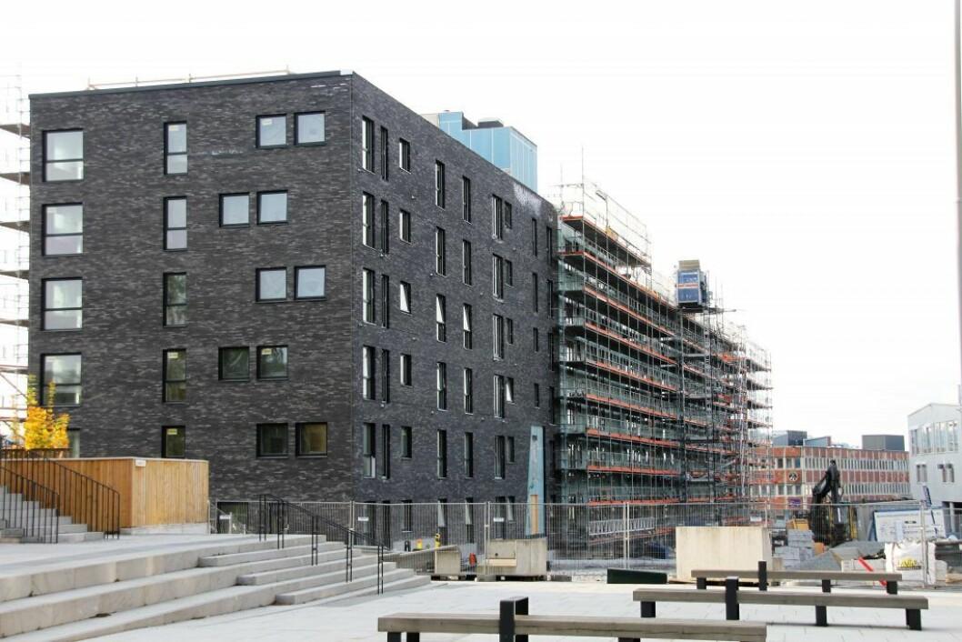 Blant annet Skanska bygger hundrevis av nye boliger her i Ensjøbyen. Foto: Per Øivind Eriksen