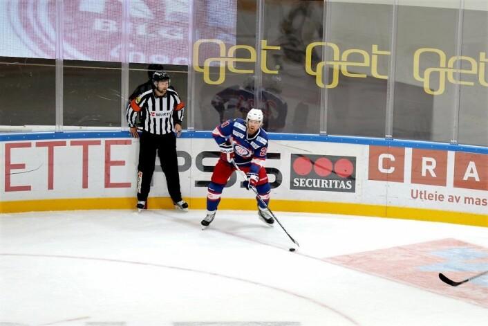 Morten Ask storspilte mot Stavanger Oilers. Foto: Atle Enersen