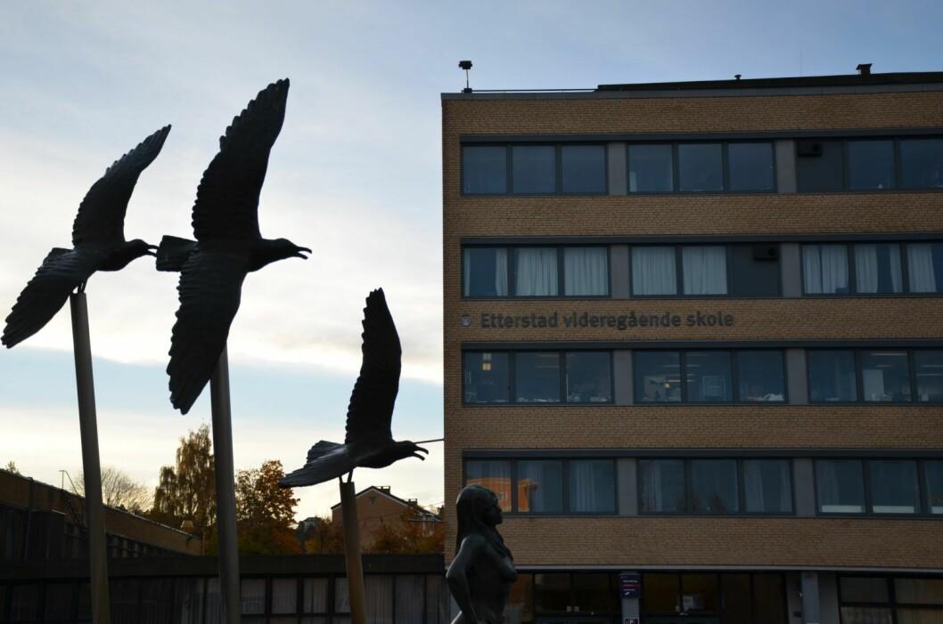 Etterstad videregående skole kan bli videoovervåket og få politihunder, om Oslo Høyre får det som de vil. Foto:  Morten Lauveng Jørgensen