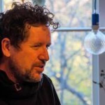Kunstneren Michael McLoughlin, fra Dublin, er for tiden på besøk i Oslo. Foto: Morten Lauveng Jørgensen