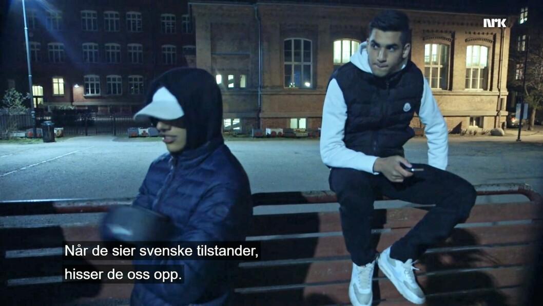 - Vi skal vise dem norske tilstander, sier ungdommer på Tøyen. Skjermdump: NRK