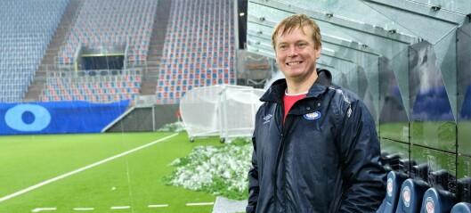 I 2007 reddet han laget fra nedleggelse. Ti år senere kan han føre Vålerenga-jentene til cupgull