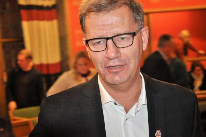 Finansbyråd Robert Steen (Ap) mener regjeringen kaster karbonfangsten ved Klemetsrudanlegget ut i uvisshet i regjeringsplattformen. Foto: Arnsten Linstad