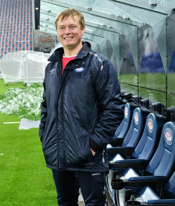 Trener Kjell Gustad var lite fornøyd med de første femten minuttene av kampen. Foto: Christian Boger