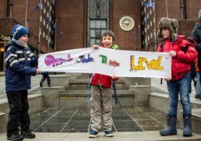 Niåringene Iver, Hans og Max stiller ett krav: Oppgrader skolen til neste level. Foto: Morten Lauveng Jørgensen