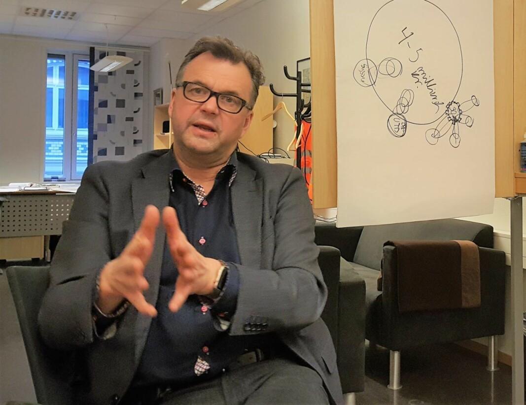 Gamle Oslos bydelsdirektør Tore Olsen Pran er glad for å kunne åpne vaksinasjonssenter i bygningen hvor Plan- og bygningsetaten holder til. Vaksinasjonen starter 8. februar.