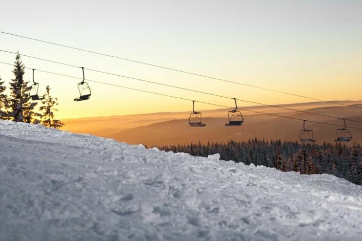 Alle skientusiaster kan glede seg til skibakken åpner på mandag. Foto: Oslo vinterpark
