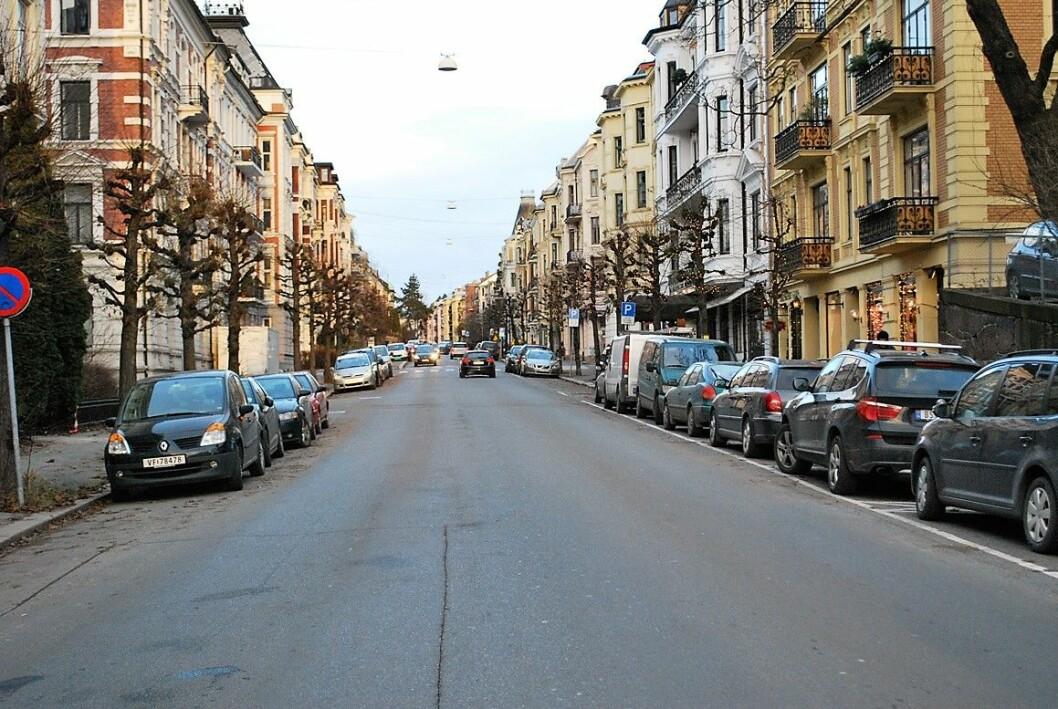 Arbeidene i Skovveien kan komme til å omfatte hele gaten mellom fasadene, og strekker seg fra Frognerveien til Riddervolds plass. Foto: Plan Urban
