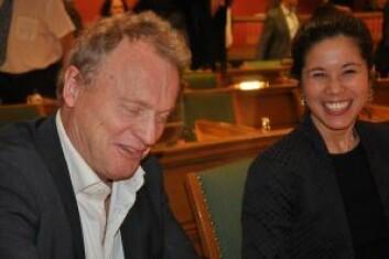 Raymond Johansen og Lan Marie Berg utsetter økte avgifter på dieselbiler. Foto: Arnsten Linstad