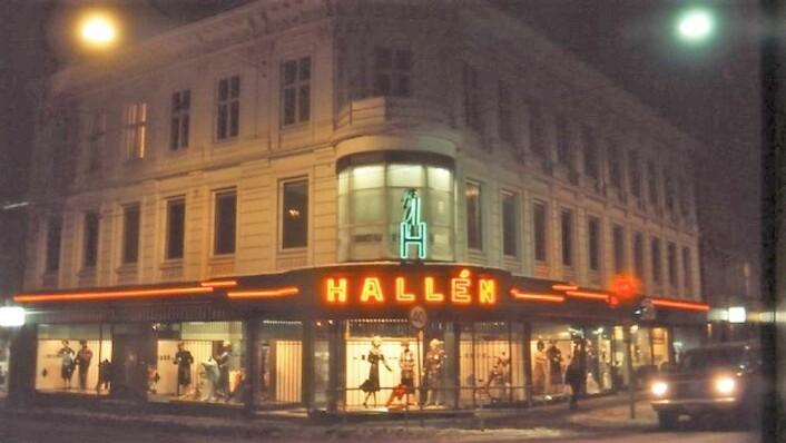 Halléngarden ligger på en av de beste lokalitetene på Grunerløkka. Foto: Rolf Thoresen / Oslo byarkiv