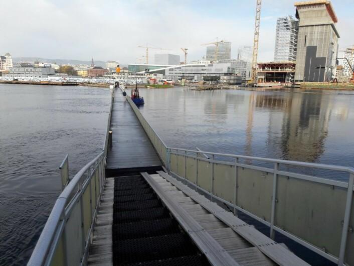 Det planlegges en kai for lokalbåter ved Munch-museet. Da vil flytebrua måtte vike. Foto: Anders Høilund