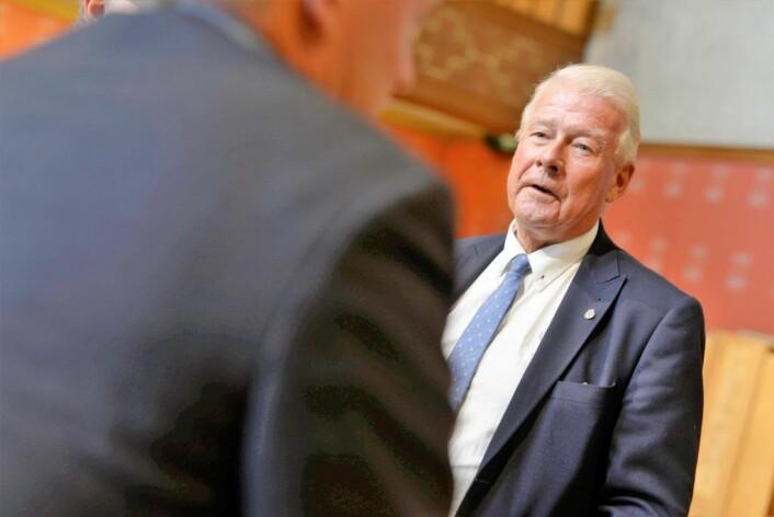 Carl I. Hagen mener Rødt spiller på folks misunnelse. Foto: Christian Vassdal
