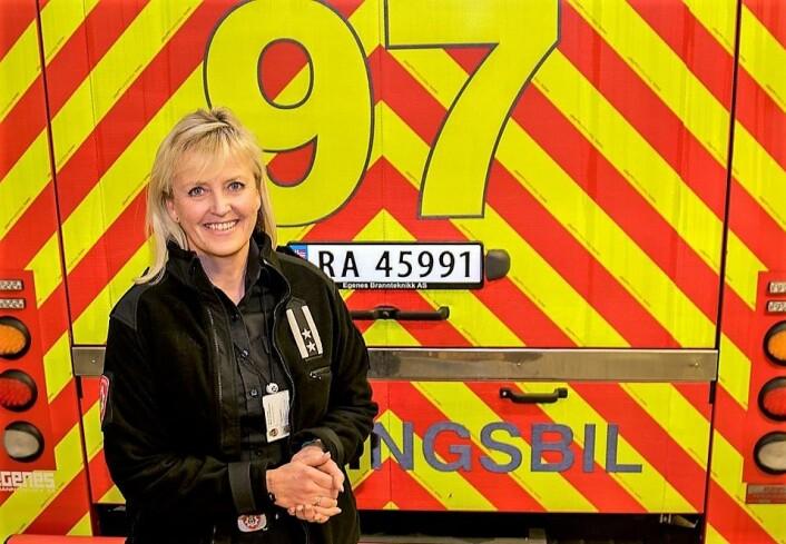 Avdelingsleder ved brannforebyggende avdeling i Oslo brann- og redningsetat, Hege Hammer, er svært godt fornøyd med nedgangen i antall boligbranner i Oslo i 2017. Foto: Oslo brann- og redningsetat