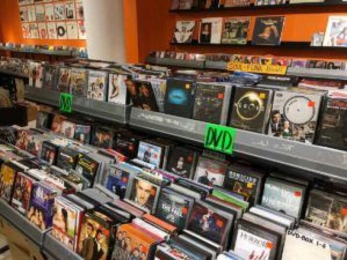 DVD-hyller hos Råkk & Rålls. FFoto: John Berge, Videomagasinet.no