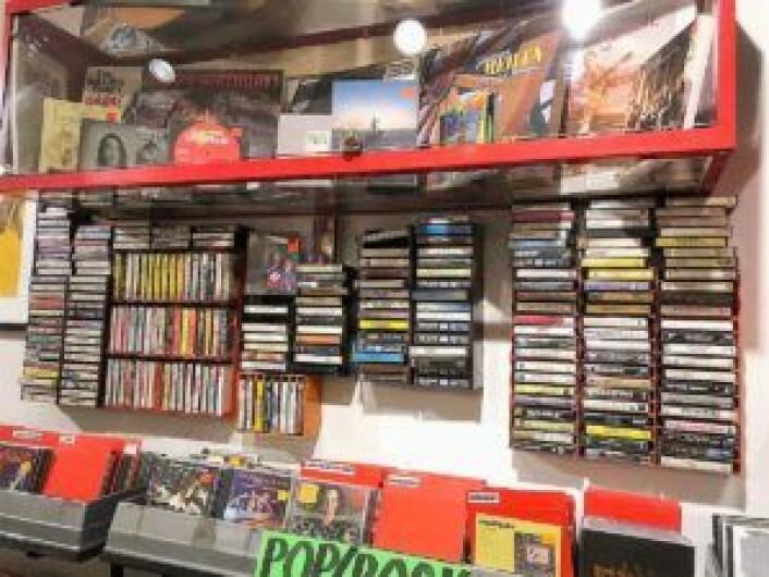 Den gode gamle kassetten er tilbake, og visstnok også CD. Foto: John Berge, Videomagasinet.no