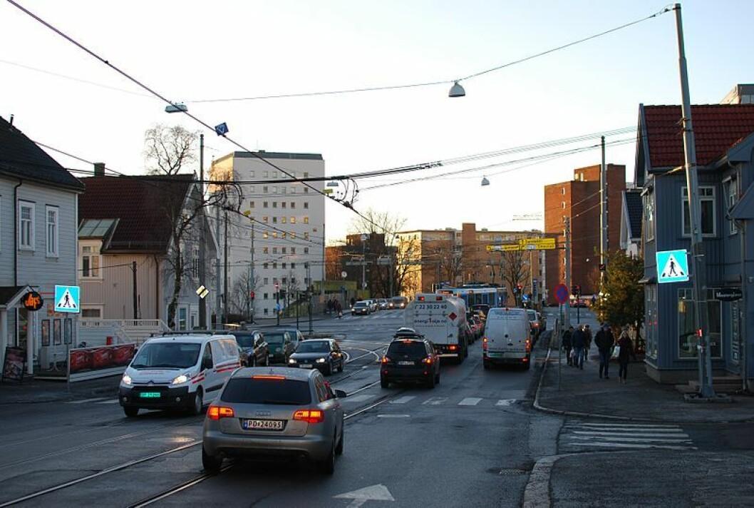 Artikkelforfatteren mener Grefsenveien må tilrettelegges for syklister. Foto: Helge Høifødt / Wikimedia Commons