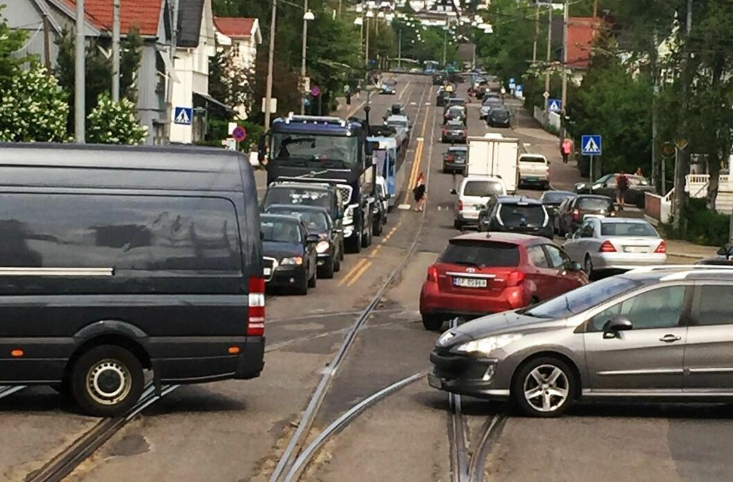Stor-krysset og Grefsenveien er ikke det eneste stedet der det blir køer hvis bussene står. Hele Oslo og Akershus rammes av en streik. Foto: Sporveien