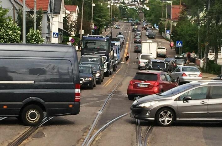 Storo-krysset og Grefsenveien er ikke det eneste stedet det blir køer hvis bussene står. Hele Oslo og Akershus rammes av en buss-streik. Foto: Sporveien