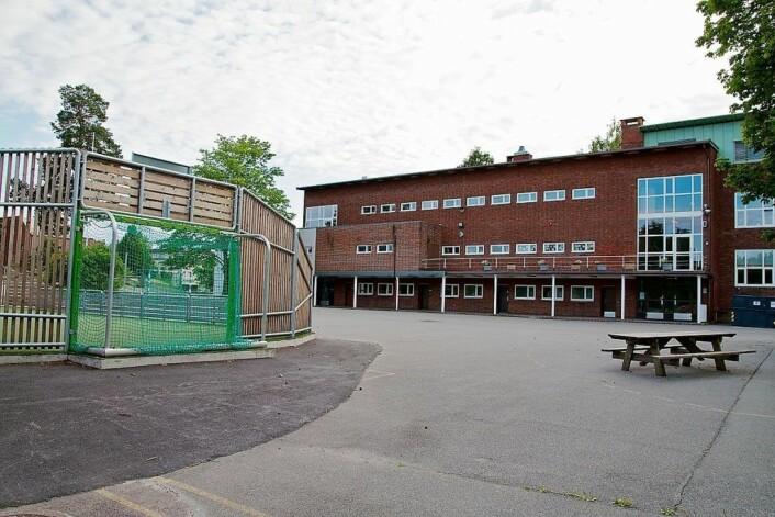 Ved Slemdal skole har de laveste tallene på mobbing blant grunnskolene i Oslo, ifølge Utdanningsdirektoratet. Foto: Wikipedia