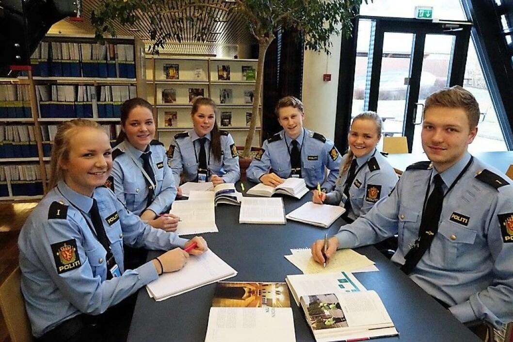 Framtidens studenter ved politihøyskolen kan få skolegangen i Groruddalen. Illustrasjonsfoto: Politihøyskolen