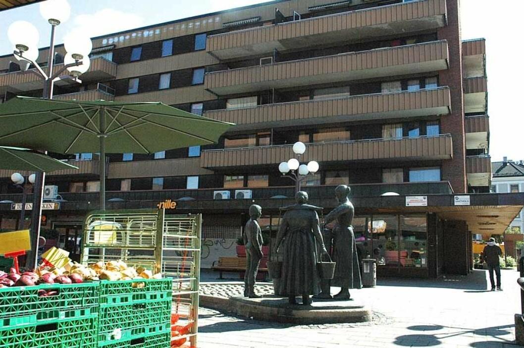 Byrådet vil prøve ut nye type boliger i fem kommunale boliggårder i Oslo. Den ene av disse er Hagegata 30 på Tøyen. Foto: Bjørn Bratten