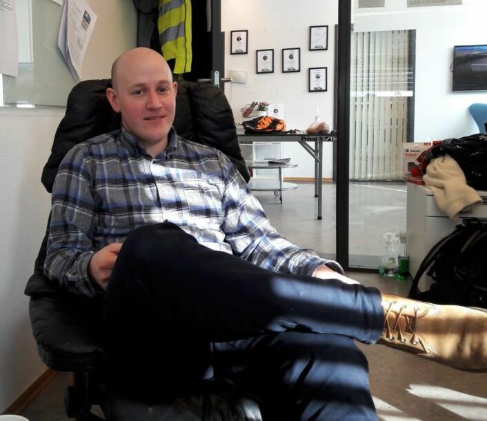 Daglig leder og gründer Chris Klemetvold ser ikke så mye på CVen til jobbsøkerne. Han jakter på de gode medarbeiderne. Foto: Anders Høilund