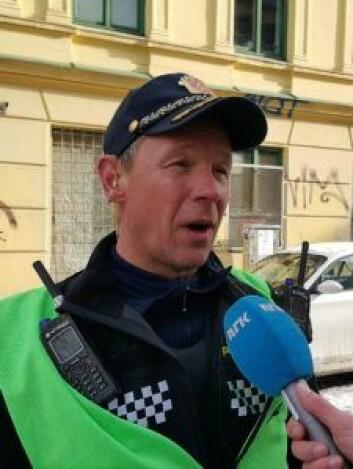 Innsatsleder i politiet, Rune Hundere, ser ikke noen sammenheng mellom alle brannene i dag og i går kveld. Foto: Tarjei Kidd Olsen