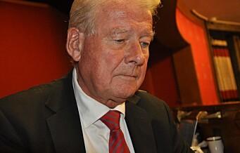 – Jeg fortsetter å kjøre dieselbil, sier Carl I. Hagen. Men Frp stemte likevel for 26 av de rødgrønnes forslag til bedre Oslo-luft