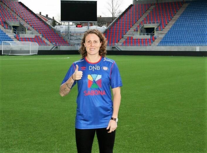 Isabell Herlovsen er tilbake i norsk damefotball etter en sesong i kinesisk fotball. Foto: Vålerenga Fotball