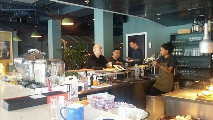 Her skal det være lett for folk å komme i kontakt med hverandre, mens de koser seg med et måltid. Foto: Irina Tanase