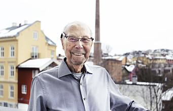 92 år gammel bokdebutant fra Kampen forteller om sitt livs kamp