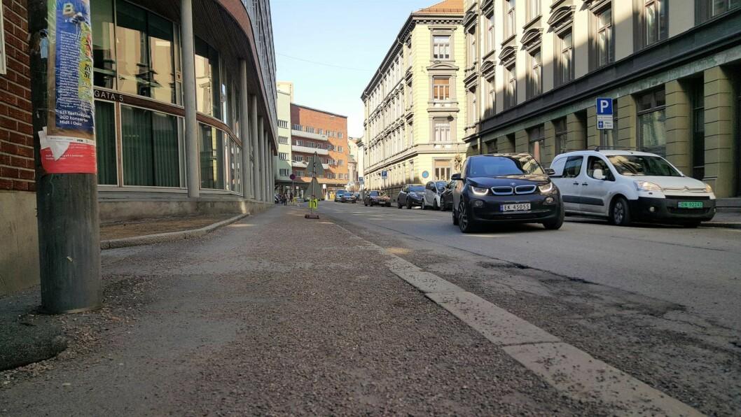 Hollendergata mellom Schweigaards gate og Grønlandsleiret er en av gatene som skal rengjøres. Foto: Tarjei Kidd Olsen