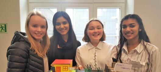 Elever på Hersleb videregående skole vil redde verden med teknologi. Planter som leselys?