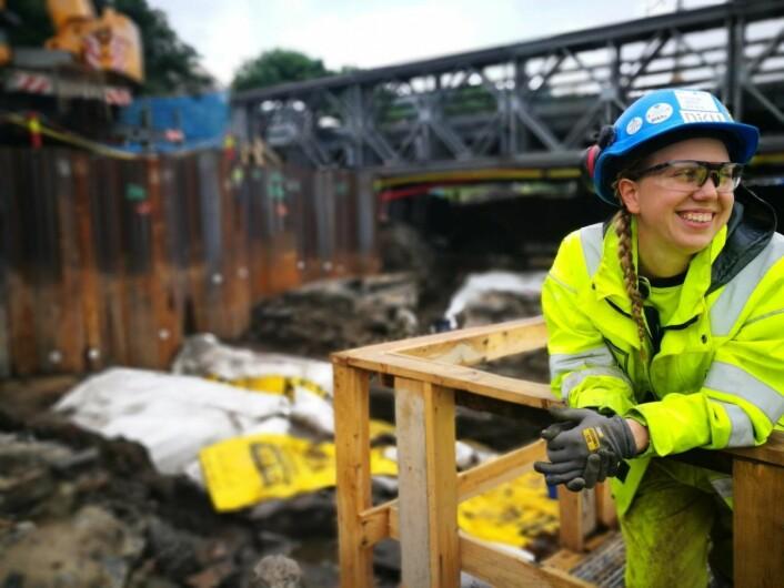 Kristine Ødeby leder utgravningen av Bispeallmenningen. Nå vil hun grave enda dypere. Foto: Sara L. Berge