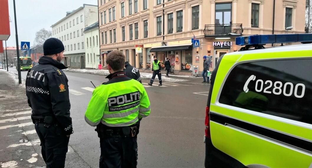 Fra Strømsveien, i forbindelse med at Viktor ble påkjørt. Foto: Christer Baardsen, TV2