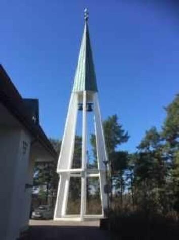 Jeg tok turen til Bygdøy kirke fordi kirketårnet så innbydende, lykkelig og morsomt ut. Foto: Kjersti Opstad