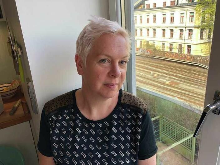 � Vi opplever ikke at Bane Nor tar støyklagene våre på alvor, sier beboer Ingeborg Moa i Gamlebyen. Foto: Stian Maurveg