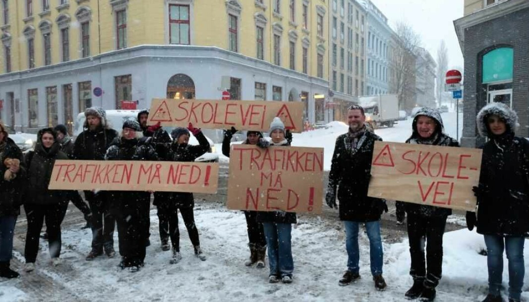 Ruseløkka-aksjonen lykkes med å få politikerne på sin side for å fjerne gjennomgangstrafikken i Løkkeveien.