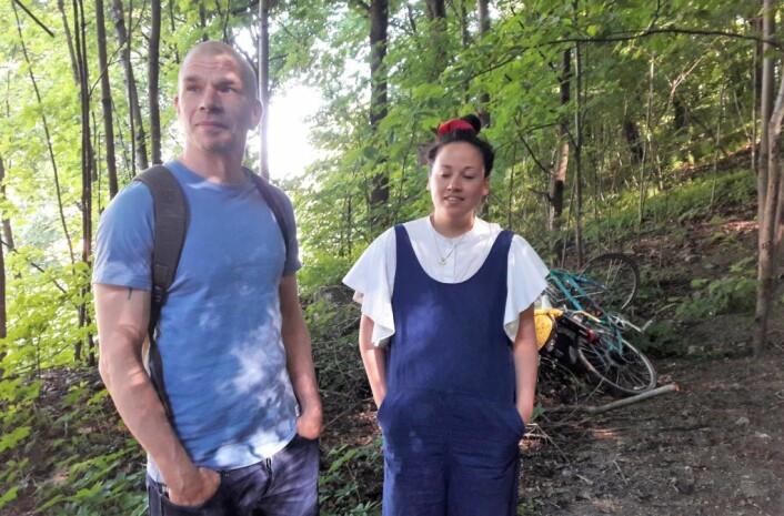 Jens Jensen og Linn-Heidi Halvorsen fra Lala Tøyen har hjulpet til med å få til prosjektet. Foto: Anders Høilund