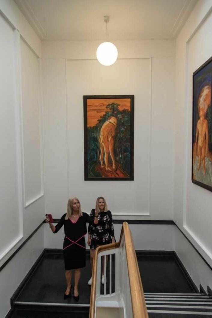 Ann Kristin Norum, leder av Stiftelsen Kulturstedet (t.v.), og Camilla Storvollen, kommunikasjonsansvarlig samme sted. Foto: Manon van Goethem