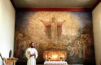 I Iladalen kirke er motstanden mot nazismen malt inn i altertavlen