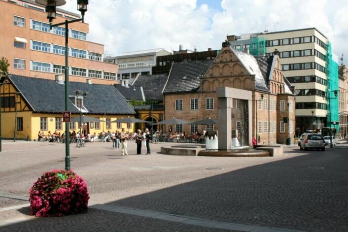 Også Christiania Torv blir bilfritt fra 4. juni. Foto: David Hall / Wikimedia Commons