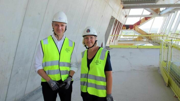 Oslo kommunes ansvarlige, Kjetil Lund og Eli Grimsby. Foto: Kultur- og idrettsbygg Oslo KF
