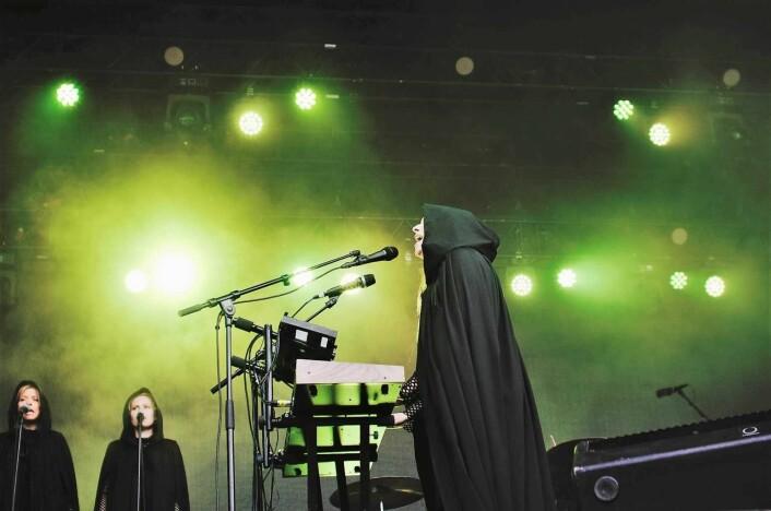 Susanne Sundfør treffer alle tonene gjennom hele konserten. Skulle nesten tro det var play-back. Foto: Johannes Hellstrand Frøshaug