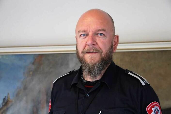 Asle Christensen er en av de som jobber med brannforebygging i eldre bygårder. Foto: Camilla Hjelmeseth