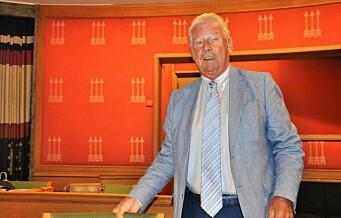 Carl I. Hagen beskyldt for å drive sirkus da mistillit mot byrådet ble nedstemt