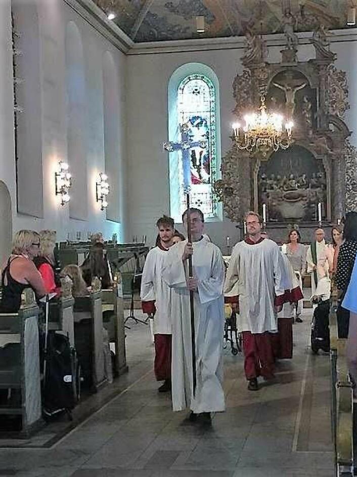 Prosesjon i Domkirken er en mektig opplevelse. Foto: Kjersti Opstad