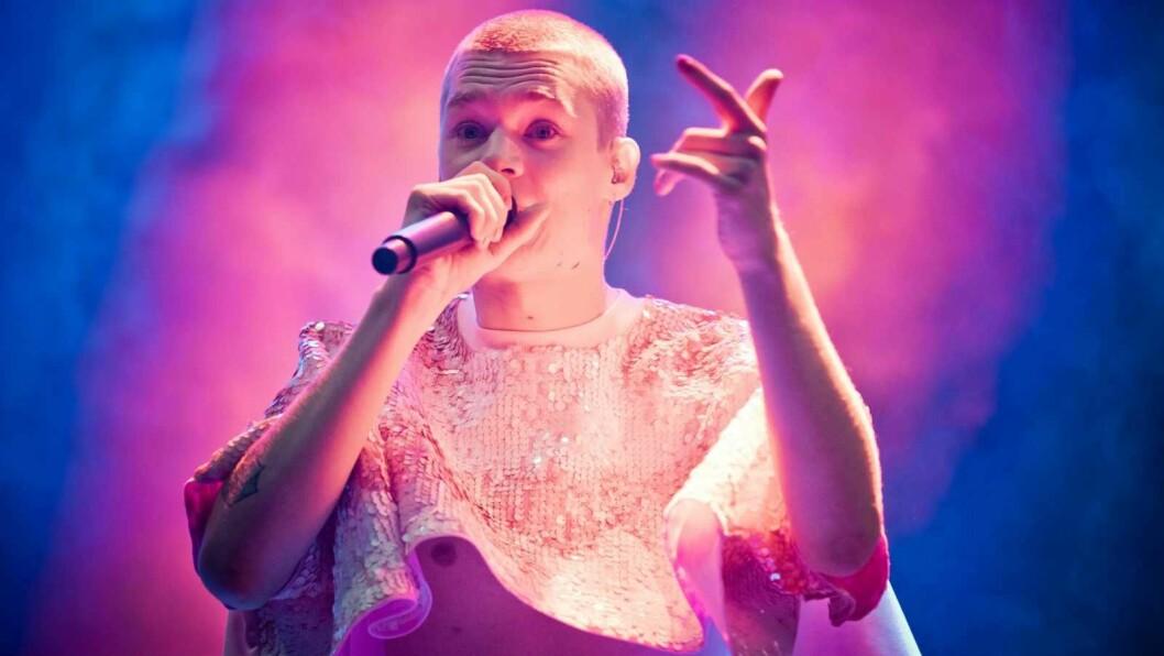 Cezinando på Amfiet-scene, Øyafestivalen 2018. Foto: Tom Øverlie, NRK P3